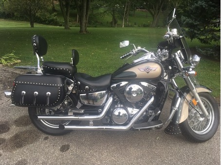 2000 Kawasaki 1500cc Vulcan Classic    17,000 miles